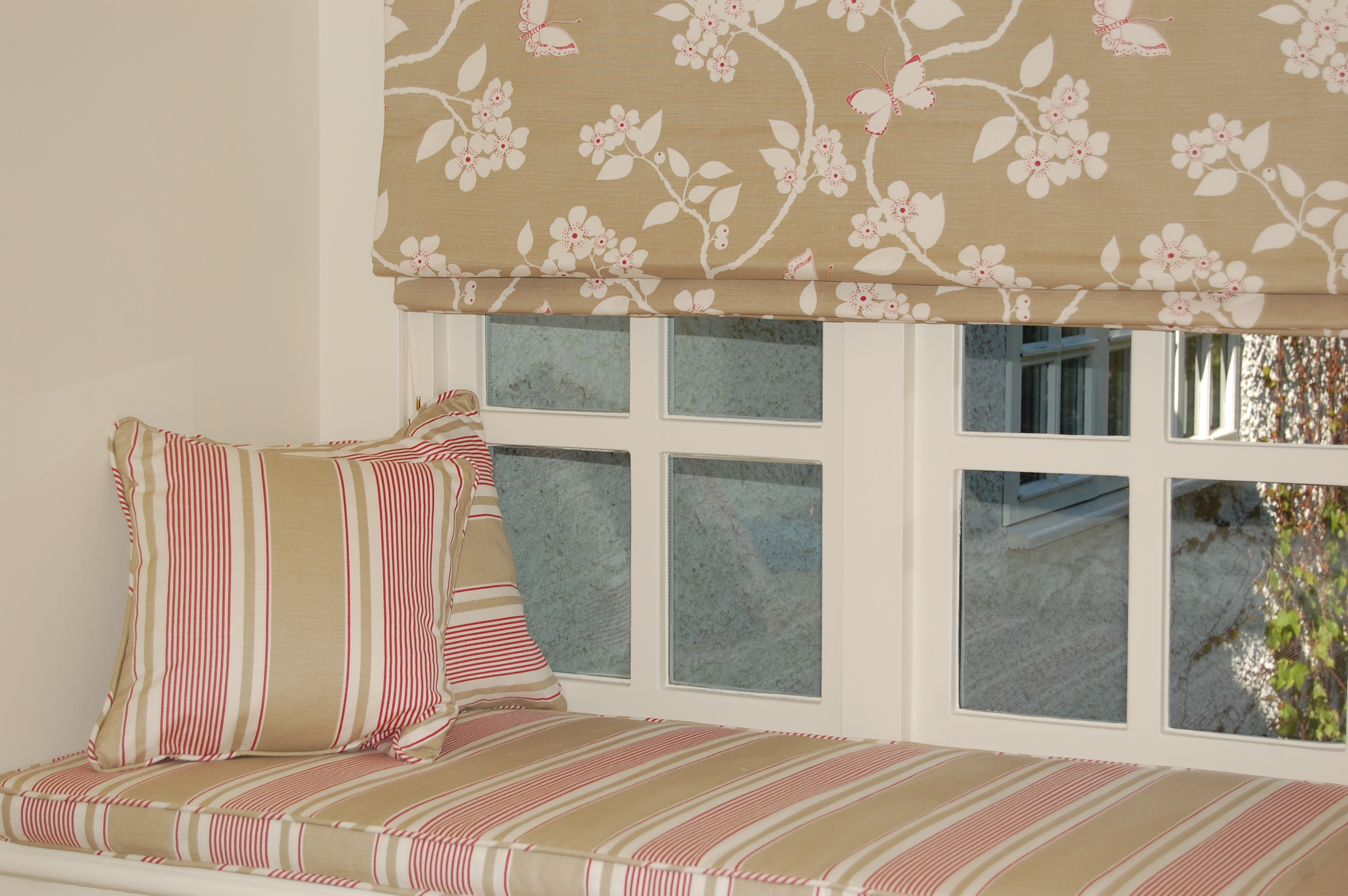 Diana Murray Interiors Bedroom With Roman Blinds And