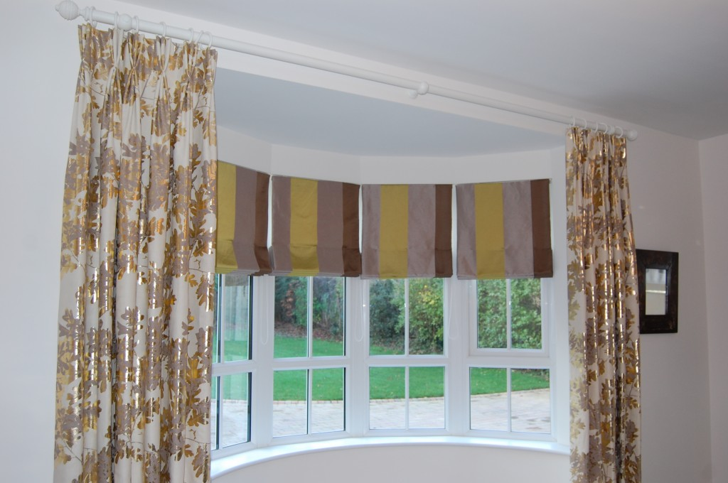 Diana Murray Interiors Bow Window With Roman Blinds And